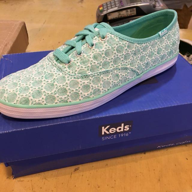 Keds Shoes (6.5)