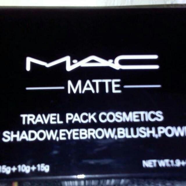 Mac matte travel pack make up