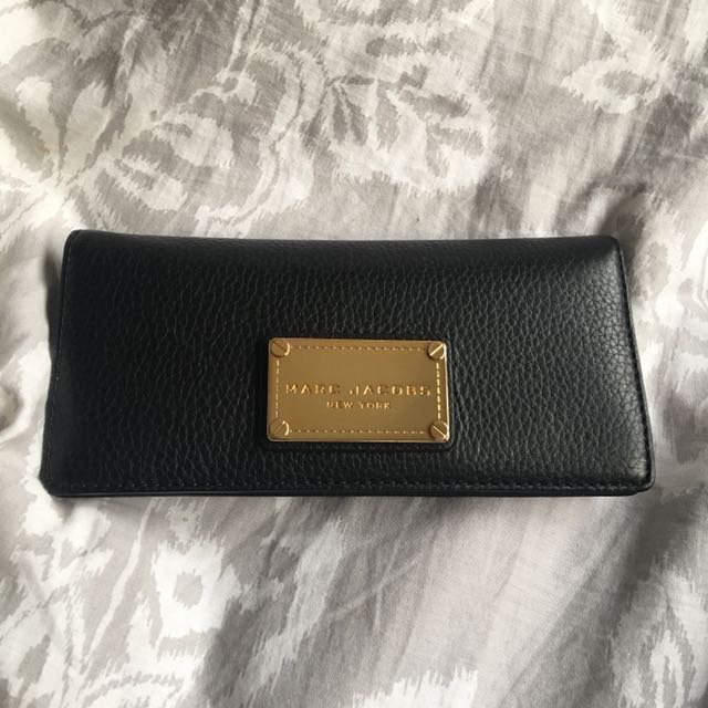 Marc Jacobs New York Open Face Leather Wallet