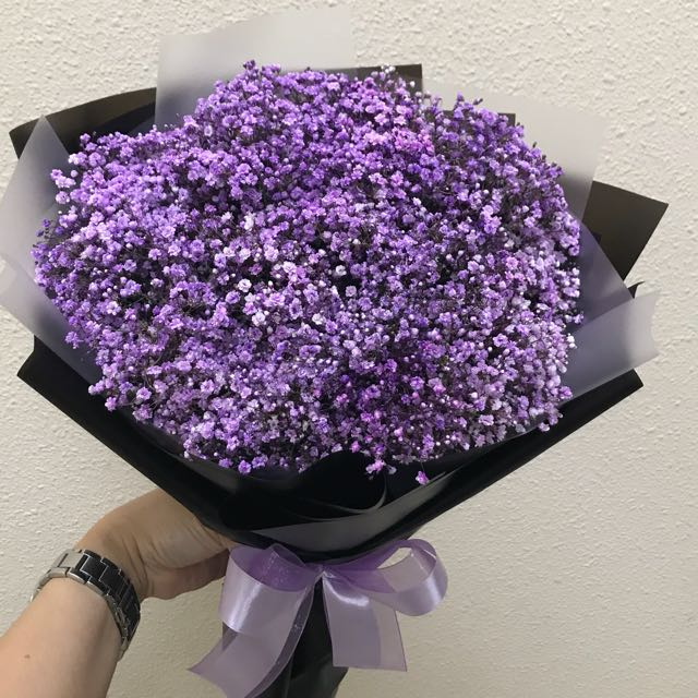 Mini bouquet purple Baby Breath