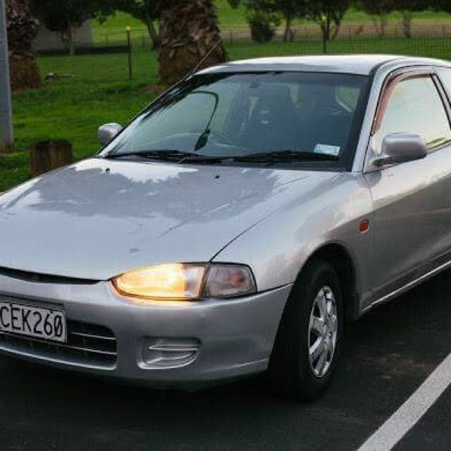 Mitsubishi Mirage 1997 Hatchback 3 doors