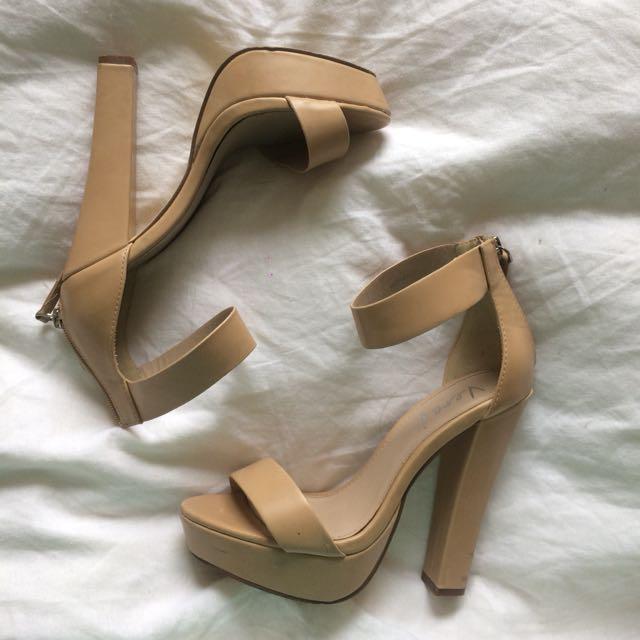 Nude Heels — Verali