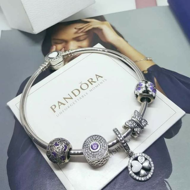 Pandora bracelet with ALE  markings