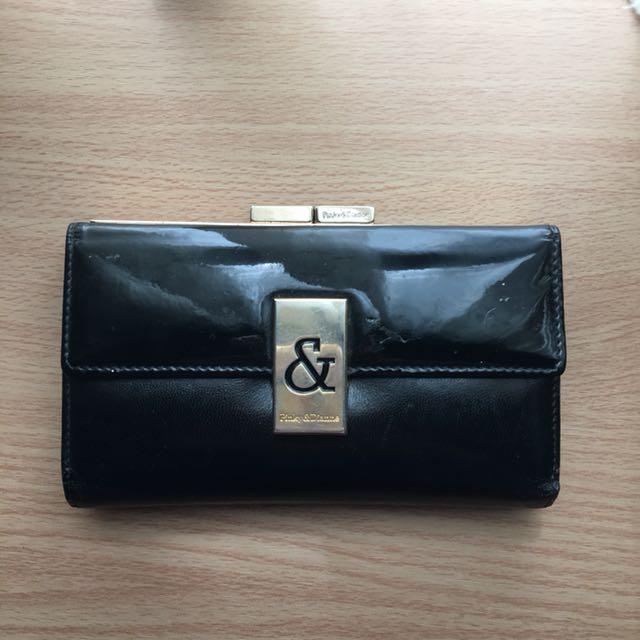 Pinky & Dianne wallet