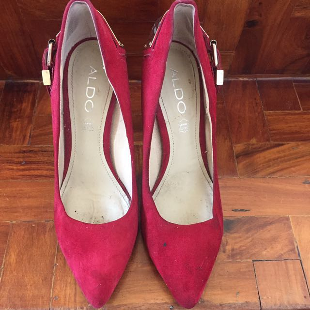REDUCED PRICE 💖 Aldo Red Velvet Pumps
