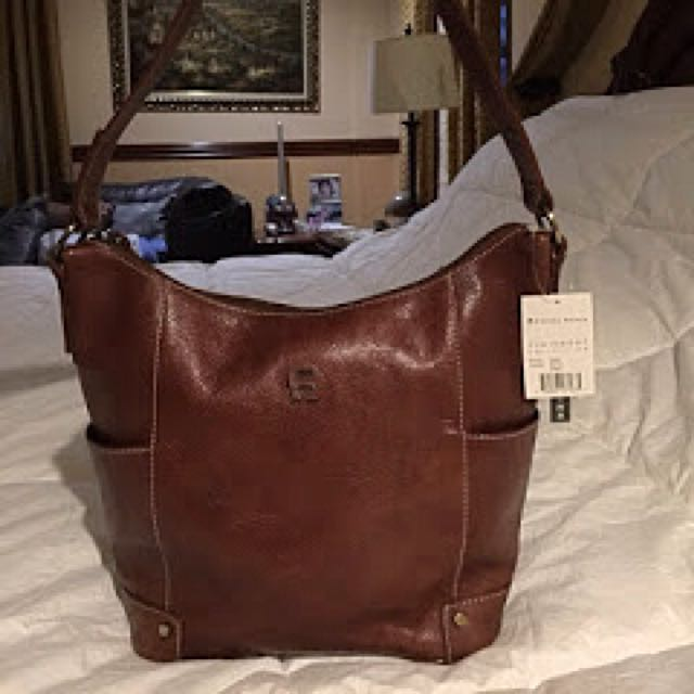 Repriced❗️₱3,900-Etienne Aigner Hobo(Clairmont Collection)