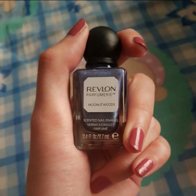 Revlon nail polish parfume