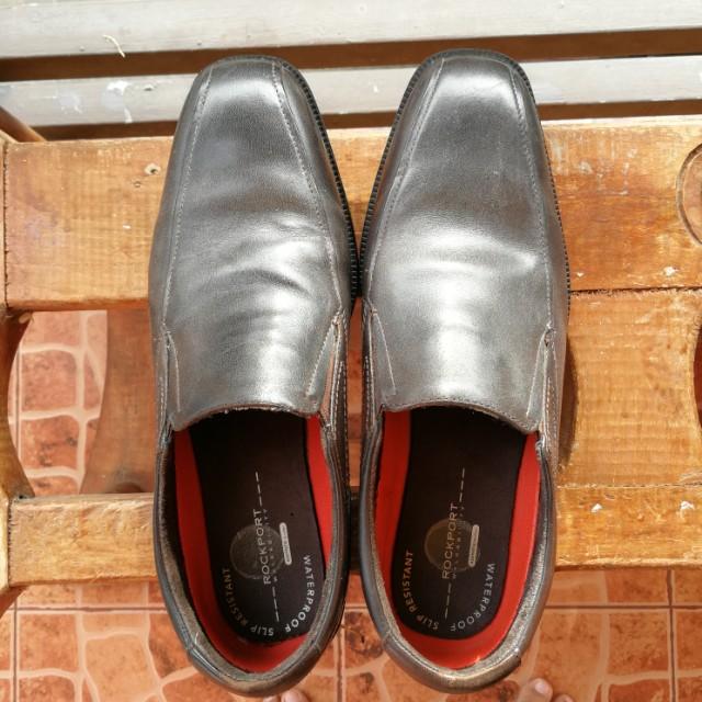 Rockport loafers anti-slip hydroshield size 10 US/9.5 UK/44 EUR
