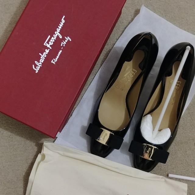 Salvatore Ferragamo Vara Bow Pump Shoes 7 cm heel part 1