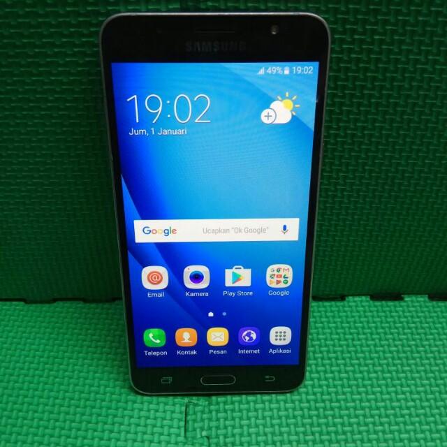 Samsung J7 Black 2016 Elektronik Telepon Seluler Di Carousell