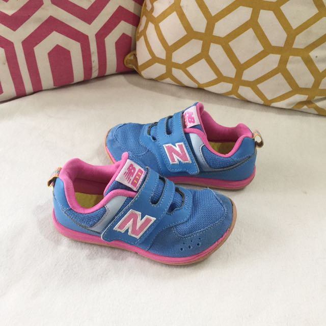 Sepatu anak new balance 111 f847d2620b