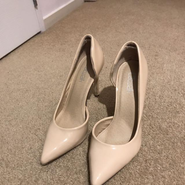 Size 7 Nude High Heels