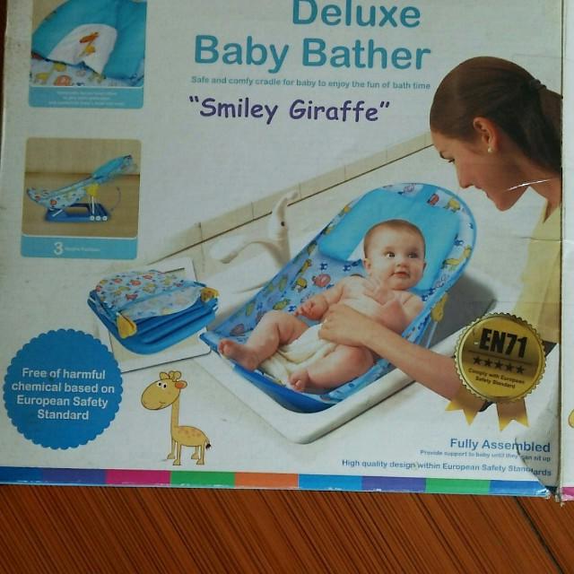 SUGAR BABY DELUXE BABY BATHER (GIRAFFE)