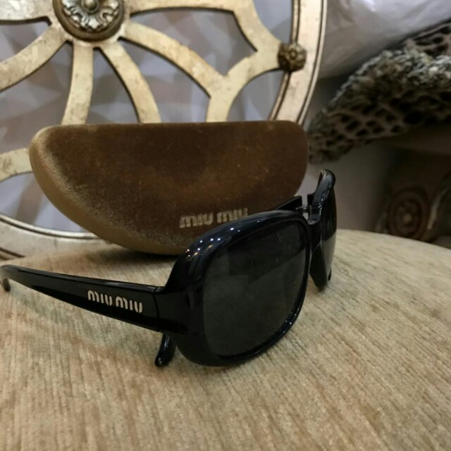 Sunglasses Authentic