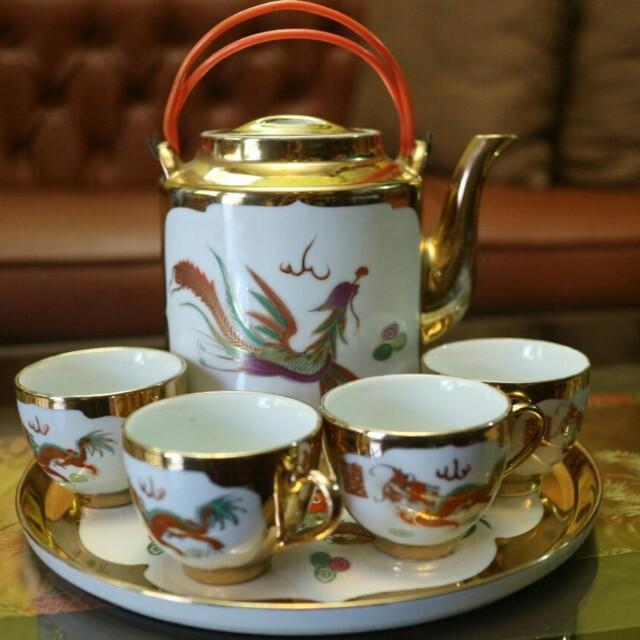 TEA SET / CANGKIR