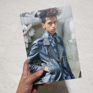 Facehunter Book by Yvab Rodic