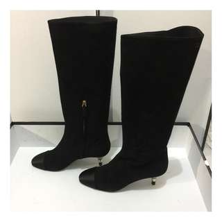 Chanel boot NEW 38.5,  SUEDE, BLACK