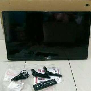 """LED TV LG 32"""" Mulus USB Movie"""