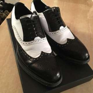 男裝黑白色英倫風皮鞋