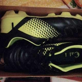 Sepatu Futsal anak uk.36