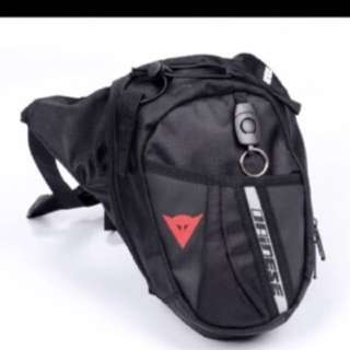 Dainese waterproof leg bag