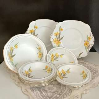 Standard China(before Royal Standard)made in England