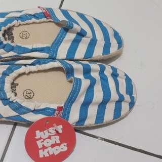 Slip on shoes, size 32, merk Just for Kids