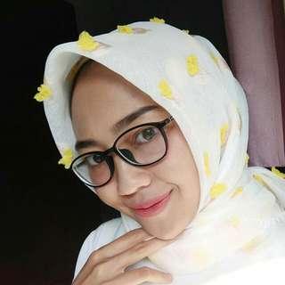Hijab square rubby
