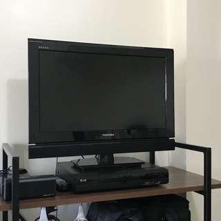 Toshiba 24 inch LED TV with Chromecast