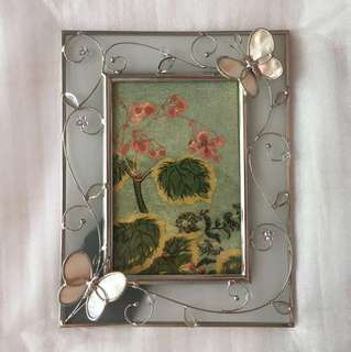 BRAND NEW Silver and Glass Butterfly Picture Frame