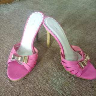 VNC Heels Pink