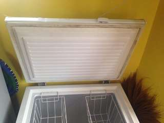 G.e chest freezer