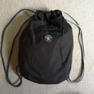 Crumpler Squid drawstring backpack