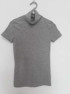 BN turtle neck grey top