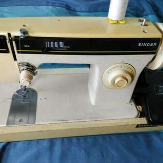 IS A SINGER SEWING MACHINE