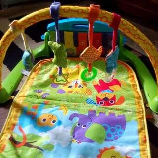Playmat toys 'r us