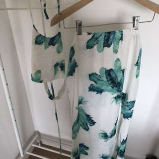 Floral set with crop top and maxi skirt size 10