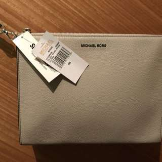 Michael Kors LG Box Travel Pouch