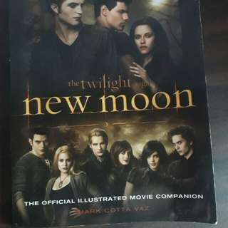New Moon Official Illustrated Movie Companion