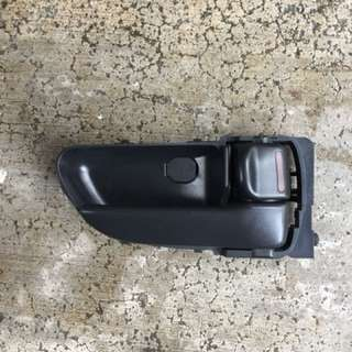 2005, 2006, 2007 Subaru Impreza sedan TS front right (driver) inner door Puller handle
