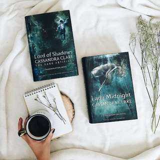 🍯🌟 lady midnight + lord of shadows - cassandra clare [HARDBACK PO]