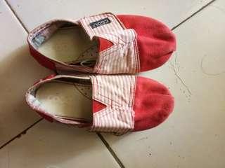 Sepatu anak merk coolkids