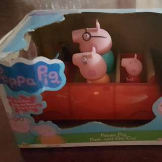 Peppa Pig Family in a Car