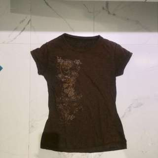 Brown T-shirt with a floral print