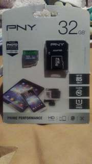 PNY 32 GB SD CARD