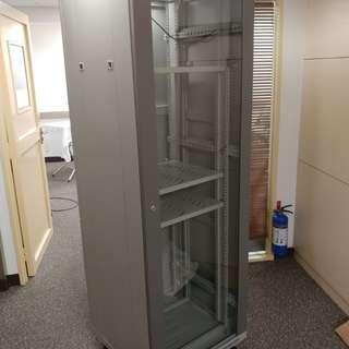 音響 switch 細伺服器 rack櫃