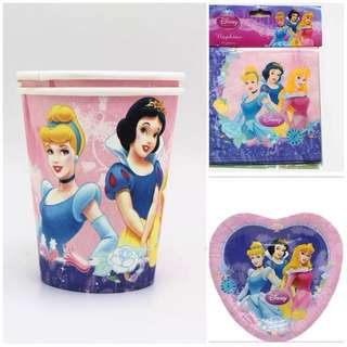🎀Disney Princess party supplies - cups, plates , napkins