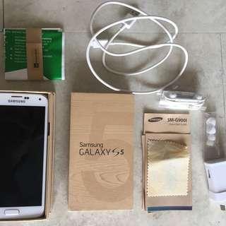 NEWLY REFURBISHED Samsung Galaxy S5