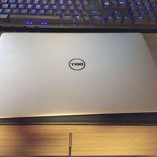 Dell XPS 13 9360 (i7-7500U, 8GB RAM, 256GB NVME SSD)