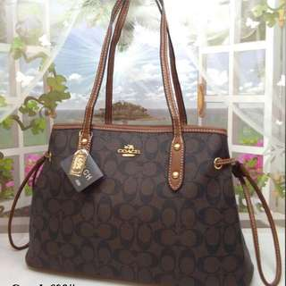 COACH SHOULDER HANDBAG
